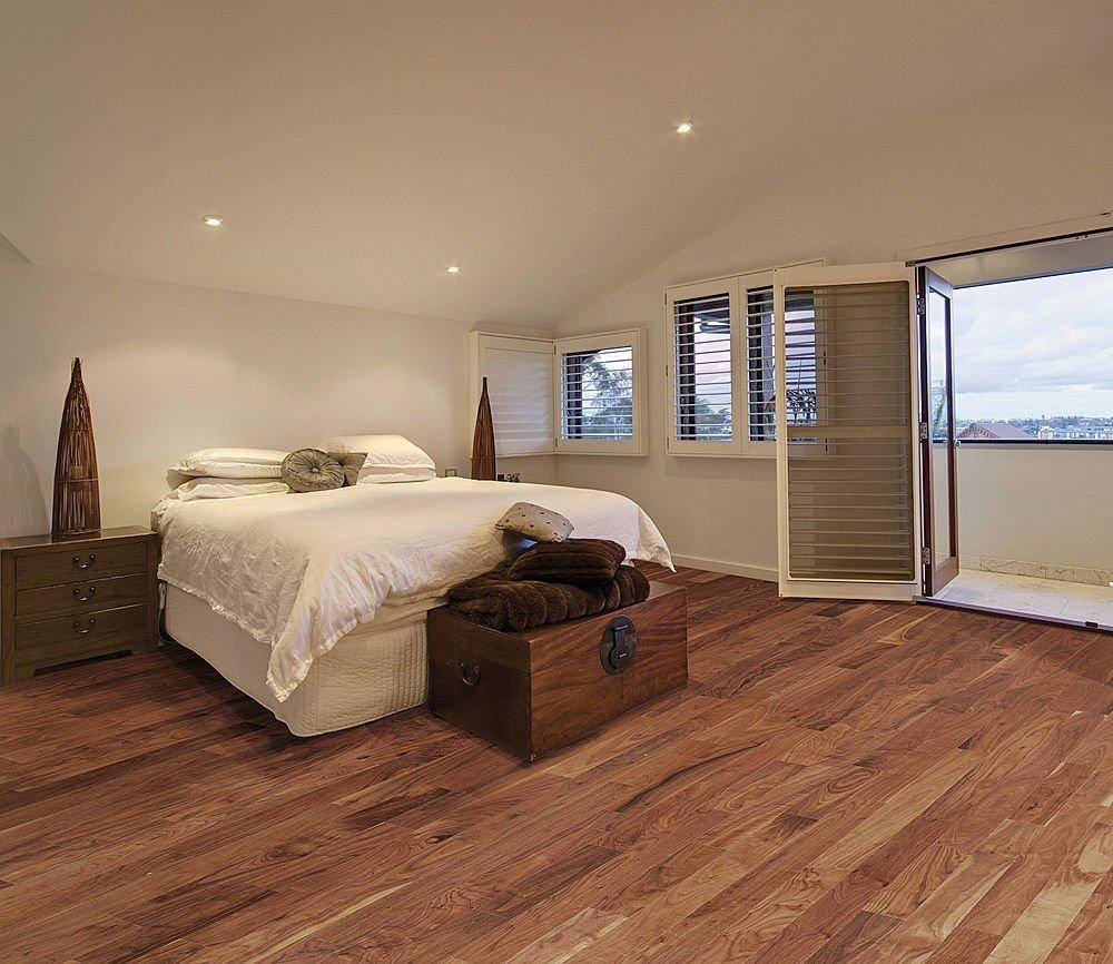 Classic-bedroom-flooring-ideas-uk.jpg